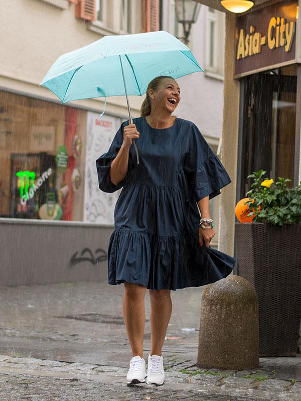 Sommerkleid von Closed für Regentage im tragbar pure in Esslingen
